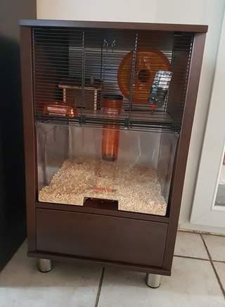 Cage pour hamster en noyer
